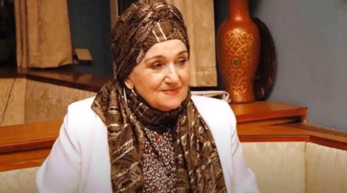 Emina Zečaj – Akšam geldi