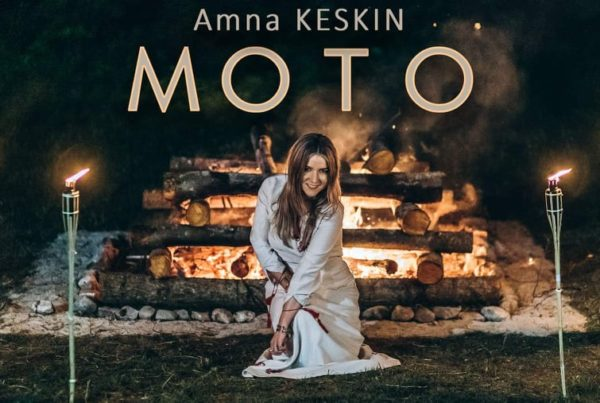 Amna Keskin - Moto